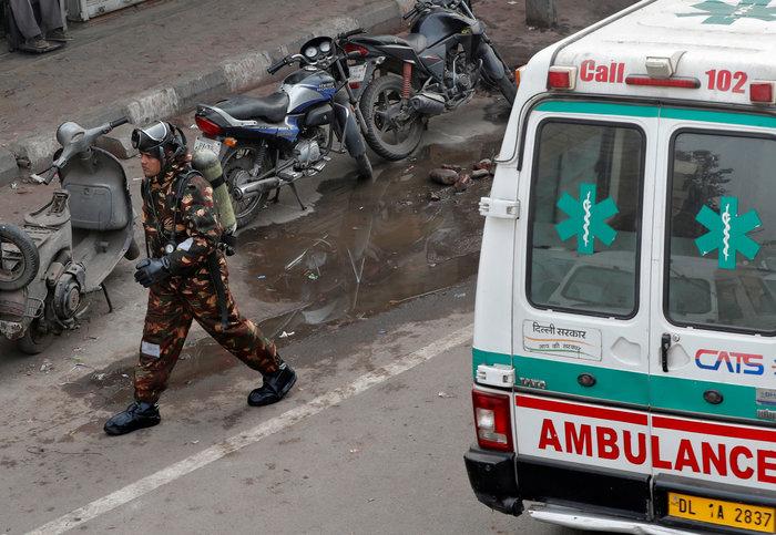 Τραγωδία στην Ινδία: 43 νεκροί από πυρκαγιά σε εργοστάσιο - εικόνα 4