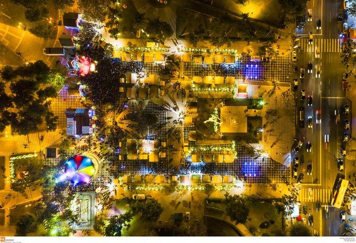 Ο μαγικός χριστουγεννιάτικος στολισμός της Θεσσαλονίκης από ψηλά [Εικόνες] - εικόνα 3