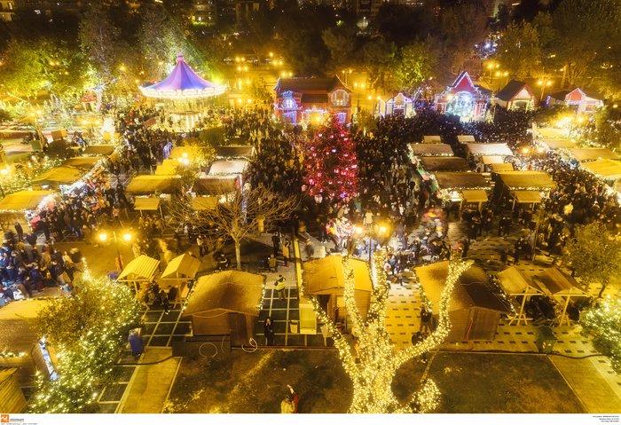 Ο μαγικός χριστουγεννιάτικος στολισμός της Θεσσαλονίκης από ψηλά [Εικόνες] - εικόνα 6