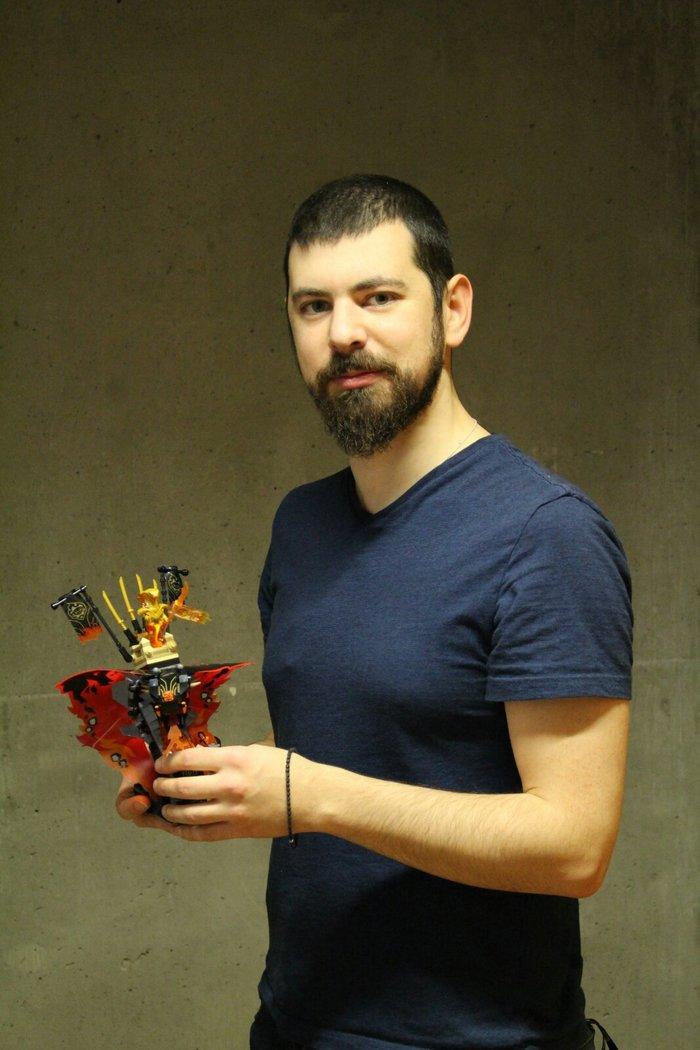 Δημήτρης Σταμάτης: Ο Έλληνας που σχεδιάζει παιχνίδια για την LEGO