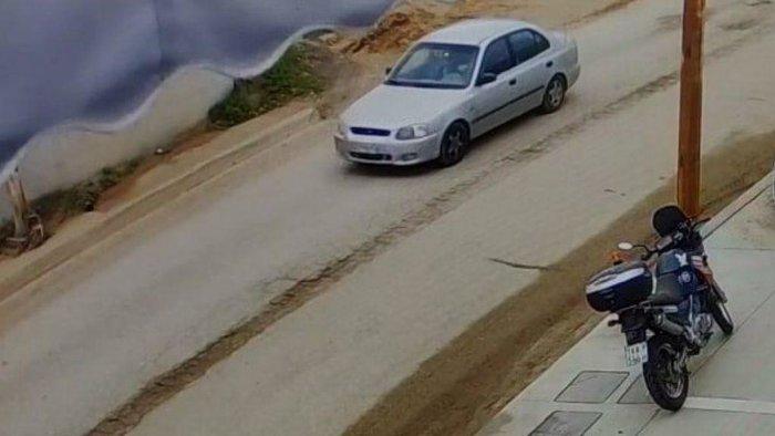 Άγιοι Θεοδωροι: Ακαριαίος θάνατος - Της έσπασε τον αυχένα το αυτοκίνητο