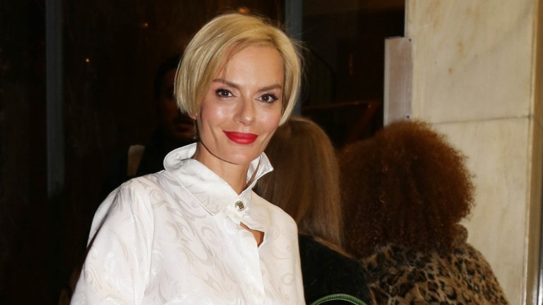 elena-xristopoulou-etsi-einai-xwris-ixnos-makigiaz---i-spania-emfanisi