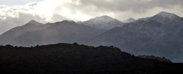Χανιά: Τα Λευκά Ορη... άσπρισαν -Τα πρώτα χιόνια [εικόνες] - εικόνα 2