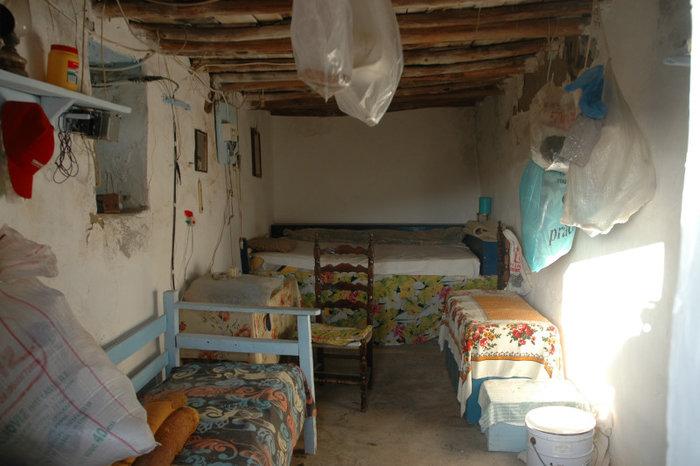 Κυρά Ρηνιώ στην Κίναρο: «Αν πεθάνω θα πάρουν το νησί οι Τούρκοι» - εικόνα 5