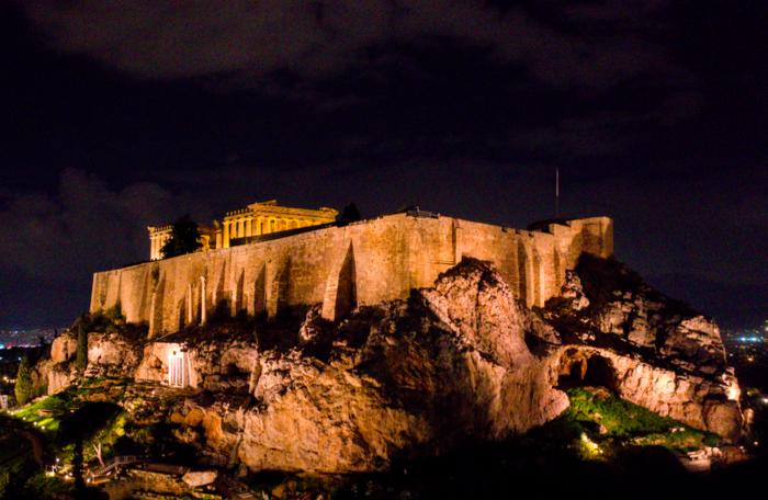 Εκπληκτικές φωτογραφίες από την μαγική νυχτερινή Ακρόπολη - εικόνα 5