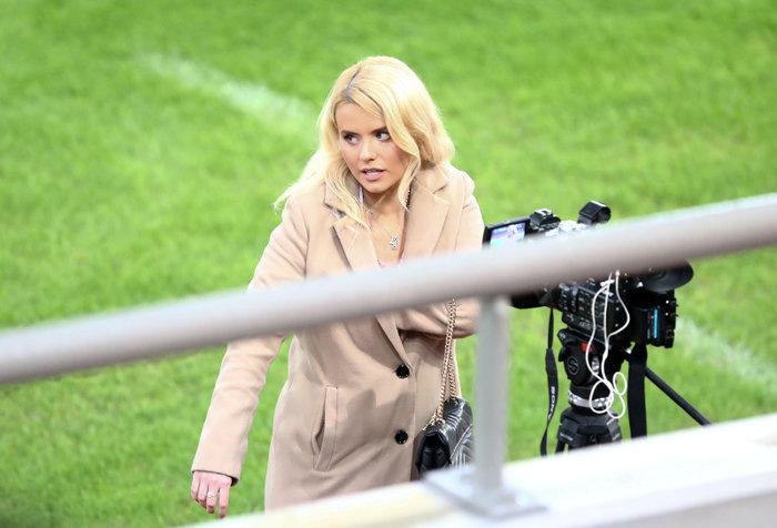 Η καλλονή Τατιάνα Σαΐκοβιτς έβαλε ήδη... γκολ στο Καραϊσκάκη  [εικόνες] - εικόνα 3