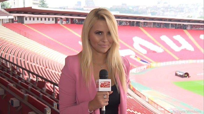 Η καλλονή Τατιάνα Σαΐκοβιτς έβαλε ήδη... γκολ στο Καραϊσκάκη  [εικόνες] - εικόνα 6