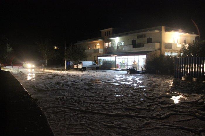 Σάρωσε τη χώρα η «Διδώ»: Πλημμύρες, χιόνια και χαλάζι - εικόνα 2