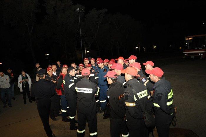 Σεισμός στην Αλβανία: Ο Έντι Ράμα παρασημοφόρησε την ΕΜΑΚ