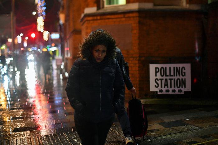 Θρίαμβο Τζόνσον δείχνει το πρώτο Exit Poll - 368 έδρες - εικόνα 3