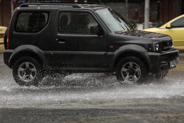 Βροχή στην Αθήνα / Ευρωκίνηση
