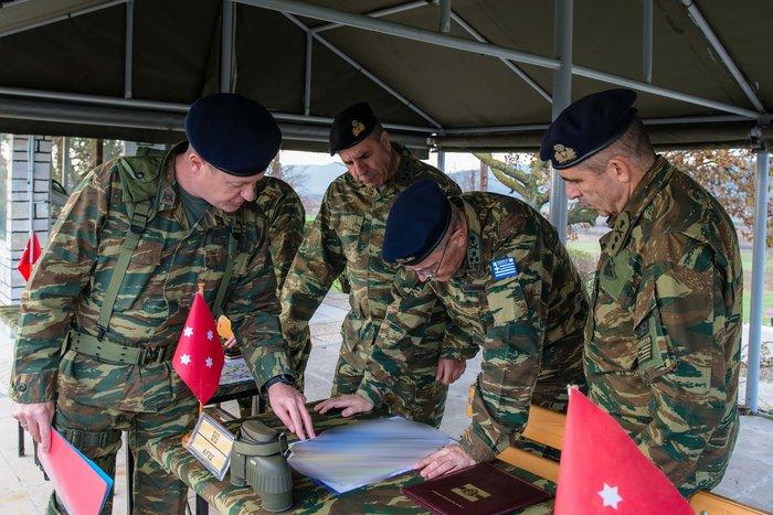 Κοινές δράσεις Στρατού - ΕΛΑΣ για το μεταναστευτικό [φωτό] - εικόνα 3