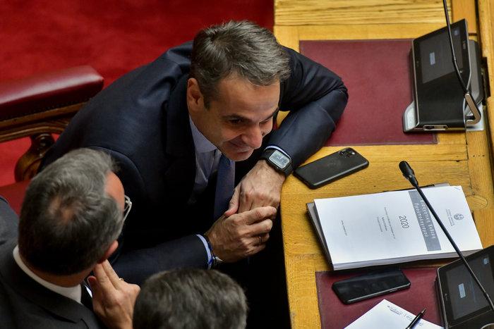 Βουλή: Όταν η Νίνα Κασιμάτη συνάντησε τον Πολάκη