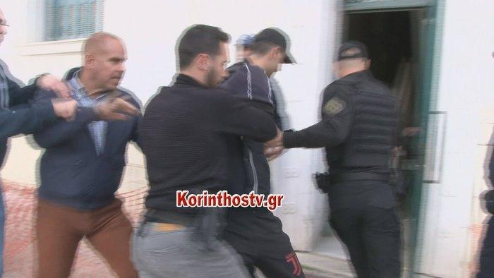 Στον εισαγγελέα οι 2 δράστες: «Φτου σας φονιάδες» τους φώναξαν - εικόνα 2