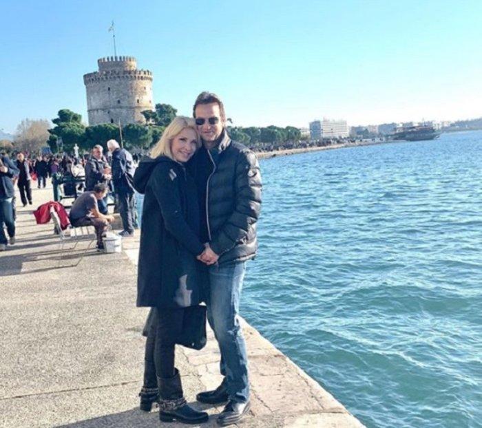 Η Μενεγάκη στην αγκαλιά του Παντζόπουλου στη Θεσσαλονίκη (φωτό)