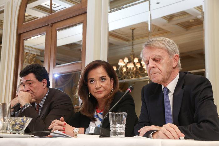 Μπακογιάννη & Βενιζέλος ζητούν οριοθέτηση υφαλοκρηπίδας - ΑΟΖ - εικόνα 2