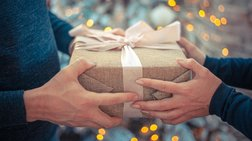Δώρα Χριστουγέννων: 3 βήματα και δεν θα ξοδέψεις πολλά χρήματα