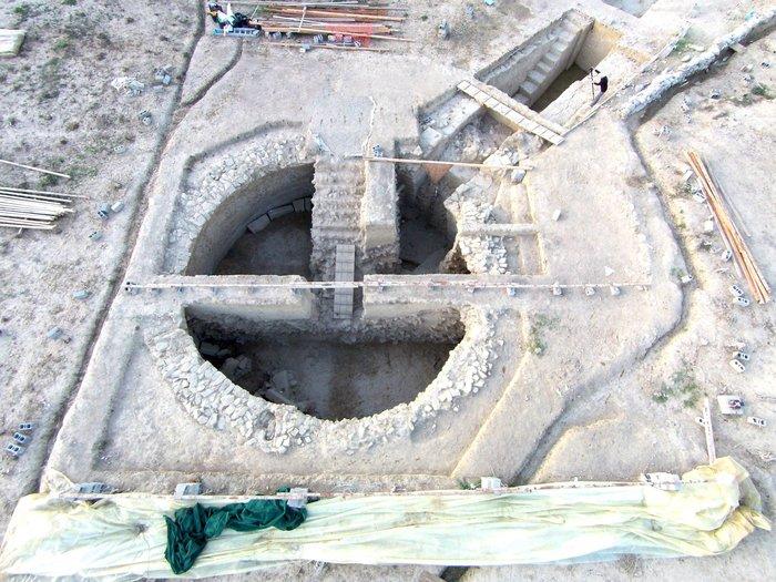 Στο φως δυο σημαντικοί θολωτοί τάφοι του Μυκηναϊκού πολιτισμού - εικόνα 4