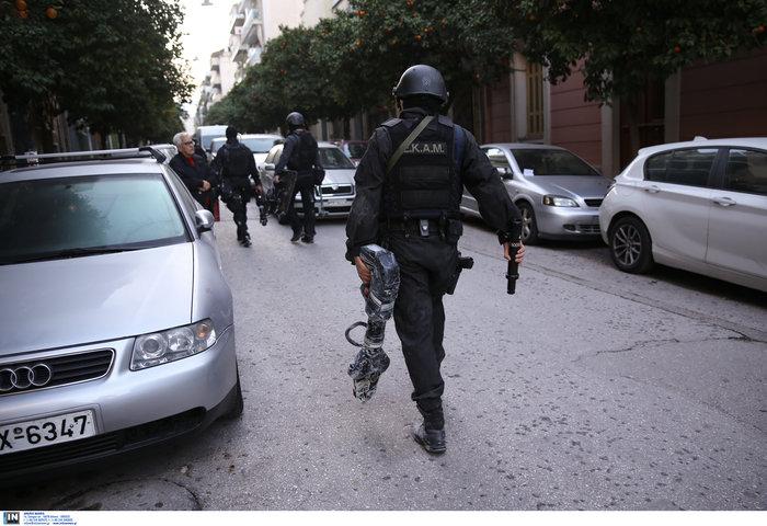 Καρέ καρέ οι εκκενώσεις καταλήψεων στο Κουκάκι [εικόνες & βίντεο] - εικόνα 4