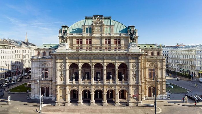 Απίστευτο: H Κρατική Οπερα της Βιέννης ενθαρρύνει τους μαθητές να καπνίζουν - εικόνα 4