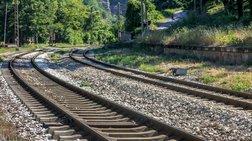 Μετωπική σύγκρουση τρένων στη Ρουμανία - 10 τραυματίες