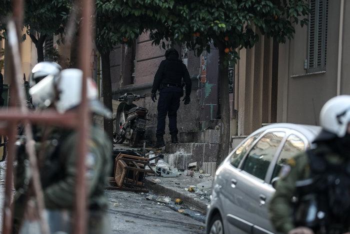 Ανακοίνωση από τους καταληψίες Κουκακίου: «Εδώ μένουμε, εδώ θα πεθάνουμε»