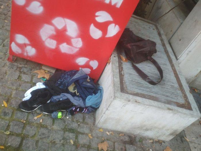 Κολωνάκι: Λήξη συναγερμού, έγινε ελεγχόμενη έκρηξη [εικόνες] - εικόνα 3