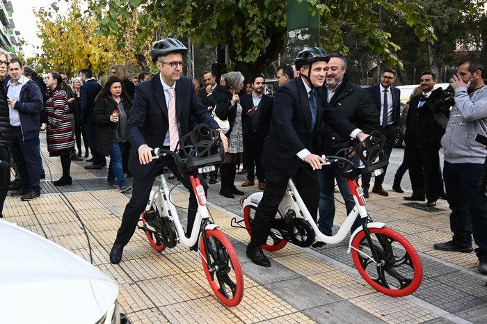 Με ηλεκτρικά ποδήλατα οι μετακινήσεις των υπαλλήλων του Υπ. Περιβάλλοντος