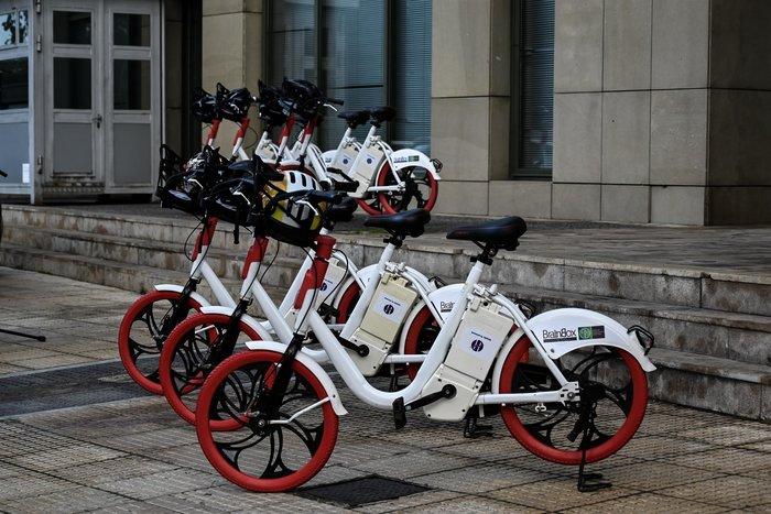 Με ηλεκτρικά ποδήλατα οι μετακινήσεις των υπαλλήλων του Υπ. Περιβάλλοντος - εικόνα 2