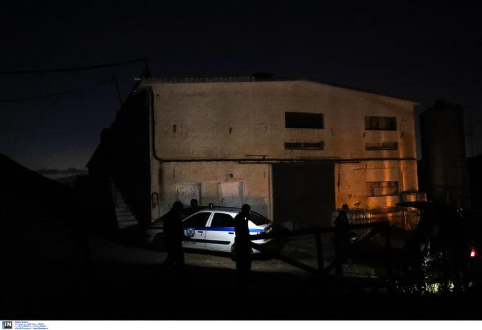 Τραγωδία στα Καλύβια: Τέσσερις Πακιστανοί νεκροί από ασφυξία - εικόνα 3