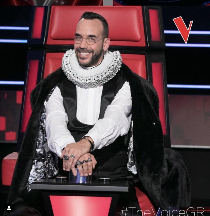 «The Voice»: Οι εκκεντρικές εμφανίσεις του Πάνου Μουζουράκη [εικόνες] - εικόνα 3