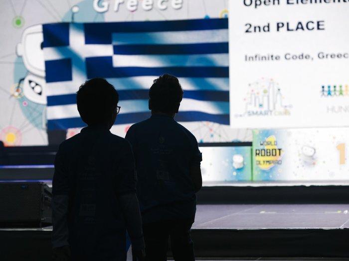 Οι μικροί Έλληνες Ολυμπιονίκες της εκπαιδευτικής ρομποτικής ζουν το όνειρο - εικόνα 3