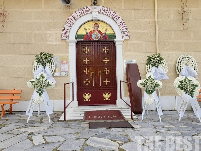 Τραγωδία στη Νέα Αλικαρνασσό: Θρήνος στην κηδεία της 33χρονης μητέρας - εικόνα 6