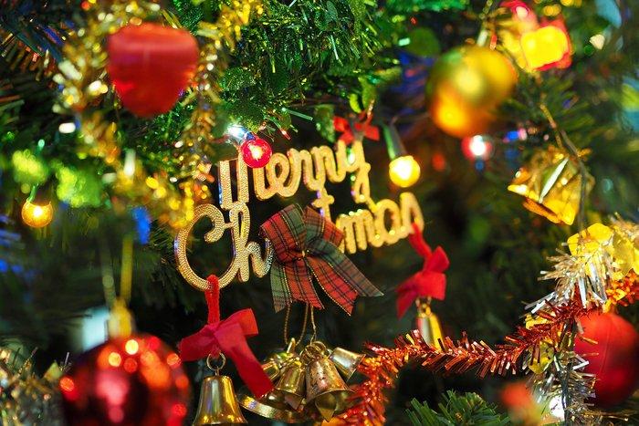 To ΤheTOC σας εύχεται καλά Χριστούγεννα - Χρόνια πολλά!