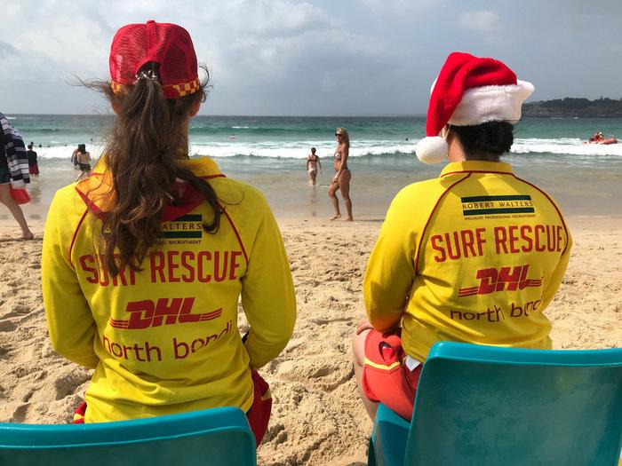 Χριστούγεννα στο Σίδνεϊ: Κόκκινοι σκούφοι στις παραλίες {φωτό} - εικόνα 3