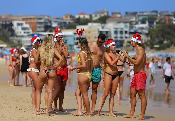 Χριστούγεννα στο Σίδνεϊ: Κόκκινοι σκούφοι στις παραλίες {φωτό} - εικόνα 4