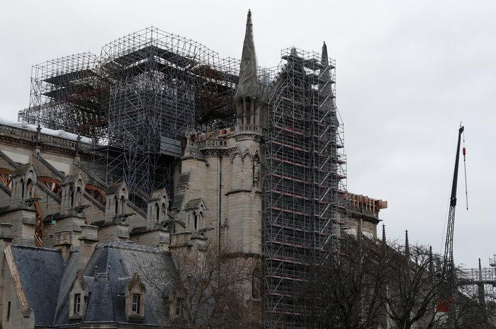 Παναγία των Παρισίων: «50% οι πιθανότητες να σωθεί ο ναός» [βίντεο]