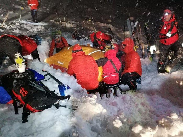 Θαύμα: Σκιέρ στην Αυστρία έμεινε κάτω από το χιόνι 5 ώρες- Και όμως επέζησε - εικόνα 4