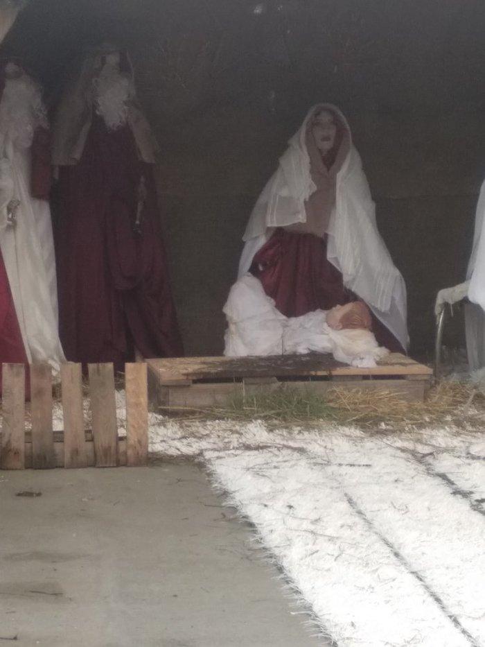 Εγινε και αυτό στην Κρήτη: Έκλεψαν το…άχυρο από τη Φάτνη των Χριστουγέννων