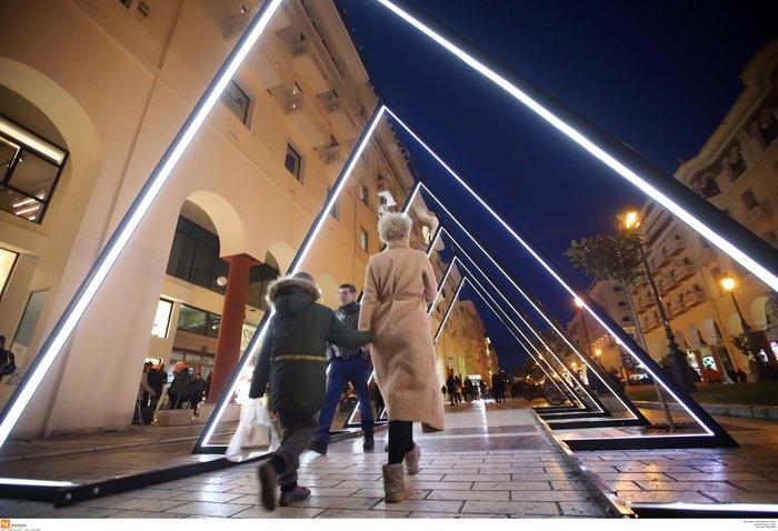 Κέντρο Θεσσαλονίκης: Εντυπωσιακός ο γιορτινός στολισμός - εικόνα 4
