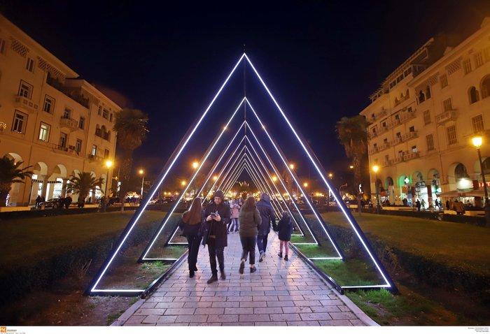 Κέντρο Θεσσαλονίκης: Εντυπωσιακός ο γιορτινός στολισμός - εικόνα 5