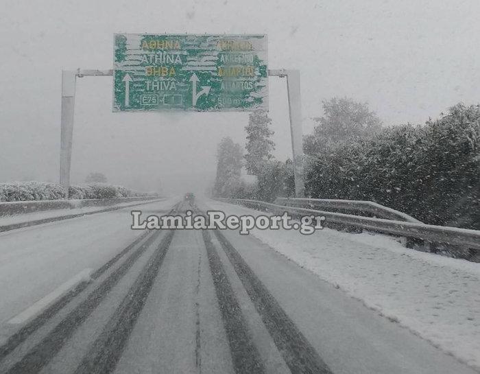 Ποιοι δρόμοι είναι κλειστοί λόγω χιονιά, απεγκλωβισμοί οδηγών [φωτό] - εικόνα 4