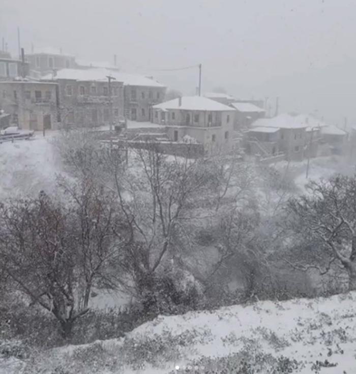 Στα λευκά και ο Κοσμάς Κυνουρίας - Μαγική ορεινή Πελοπόννησος [εικόνες] - εικόνα 3