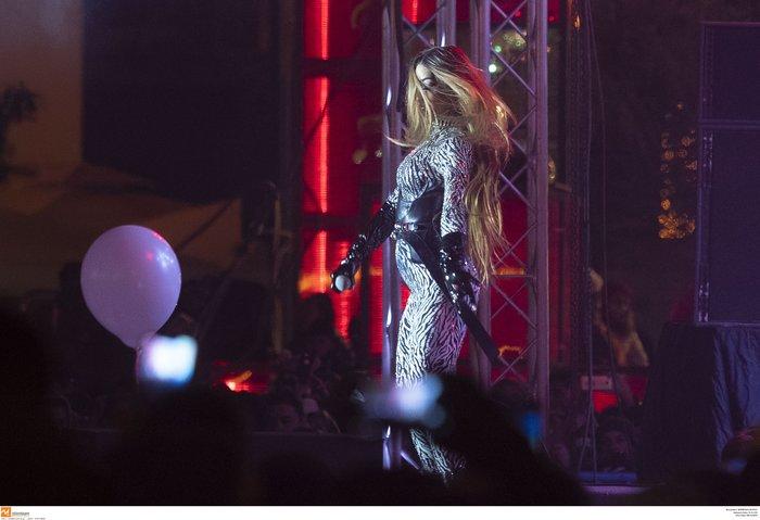 Πρωτοχρονιά 2020: Υπερθέαμα με πυροτεχνήματα Φουρέιρα & βιολιά στη Θεσ/νίκη - εικόνα 8