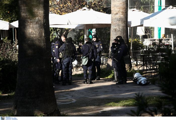 Ακροβολισμένοι αστυνομικοί γύρω από το Αρχαιολογικό Μουσείο λόγω Νετανιάχου - εικόνα 2