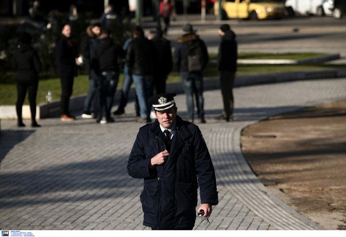 Ακροβολισμένοι αστυνομικοί γύρω από το Αρχαιολογικό Μουσείο λόγω Νετανιάχου - εικόνα 3
