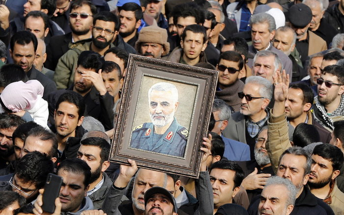 Χιλιάδες Ιρανοί διαμαρτύρονται για την εκτέλεση Σουλεϊμανί [βίντεο]