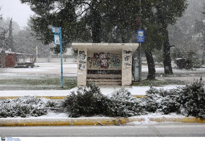 «Ηφαιστίων»: Χιονίζει στα Β. Προάστια - Πως θα κινηθεί τις επόμενες ώρες - εικόνα 3