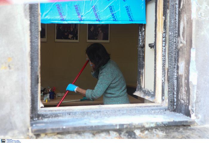 Επίθεση με γκαζάκια στο ίδρυμα Μητσοτάκη - εικόνα 6