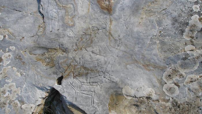 Άγνωστοι καταστρέφουν πανάρχαιες βραχογραφίες στο Παγγαίο - εικόνα 4